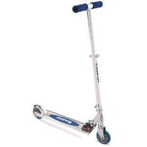 The Razor A Was More Or Less Original Scooter Model First Offered In 2000 It Has Standard Foldable Design 98mm Sized Wheels